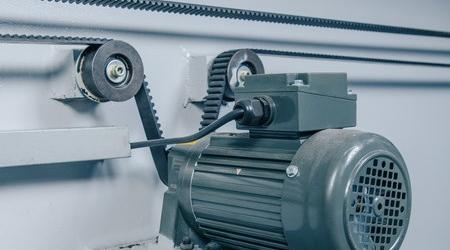 Фото двигателя заднего упора Фото MetalTec HBM 40/2500 E22 изнутри
