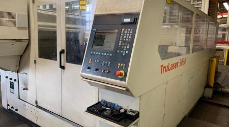 Фото TruLaser 3030 с резонатором 4000Вт. Год выпуска 2007. Белого цвета.